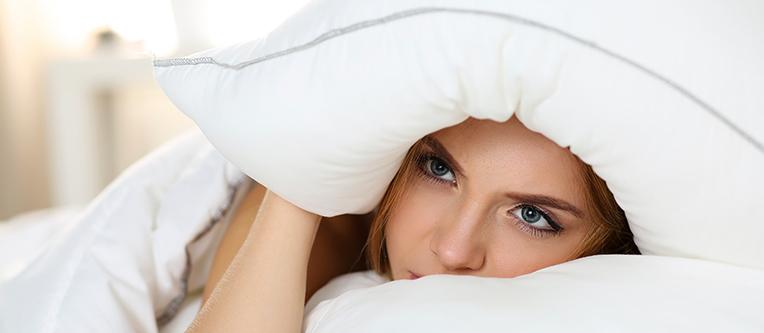 Clinica Cauchioli - Blog - Travesseiro inadequado causa dores nas costas